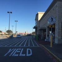 Photo taken at Walmart Neighborhood Market by jessieTHEjazz on 2/14/2015