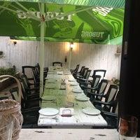 """7/29/2014 tarihinde Victoria S.ziyaretçi tarafından Ресторант """"Гозбите""""'de çekilen fotoğraf"""