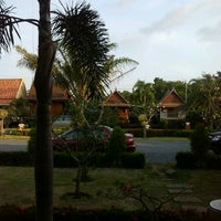 Photo taken at Piya Resort by pawjai k. on 12/8/2012