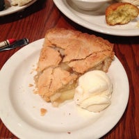 Photo taken at Cracker Barrel Old Country Store by K D. on 7/30/2013