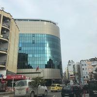 Photo taken at Balıkesir Büyükşehir Belediye Başkanlığı by Nazım E. on 1/26/2017