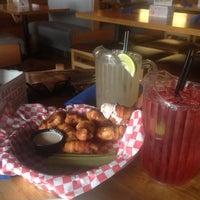 Foto tomada en Malibu Shack Grill & Beach Bar por Ricquan T. el 6/17/2013