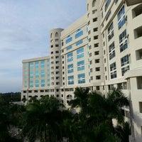 Photo taken at Seminole Hard Rock Hotel & Casino by Eduardo E. G. on 12/24/2012