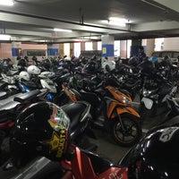 Photo taken at parkiran amplas by Samasike on 5/1/2017