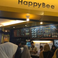 Photo taken at Happy Bee by Samasike on 3/5/2017