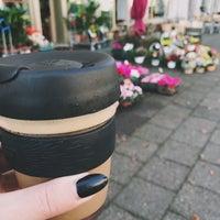 Photo taken at K. LIEBLINGs Café / Coffee Profilers by Lena on 10/16/2017