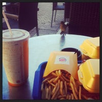 Photo prise au Burger King par Haluk G. le10/25/2013