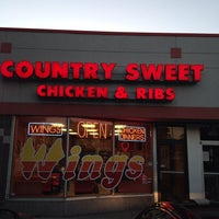 Photo taken at Country Sweet Chicken & Ribs by Michelle on 8/28/2014