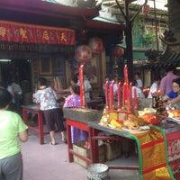 Photo taken at ศาลเจ้าแม่ทับทิม (อาม่า) by Buds B. on 8/10/2014