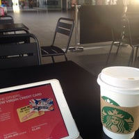 Photo taken at Starbucks by Jerry E. on 7/9/2015
