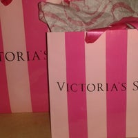 Photo taken at victoria's secret by Ale V. on 11/28/2014