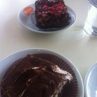 2/9/2014 tarihinde Ayşe R.ziyaretçi tarafından Akdeniz Dondurma'de çekilen fotoğraf