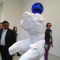 5/8/2013にabdulnabyがDavid Zwirner Galleryで撮った写真