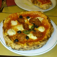 Photo taken at Il Pizzaiuolo by Magdalena P. on 9/20/2013
