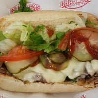 Foto tomada en Charleys Philly Steaks  por Аня Симчук el 7/20/2014
