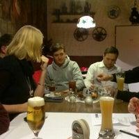 Das Foto wurde bei Restaurant Floh von Christian W. am 11/26/2012 aufgenommen