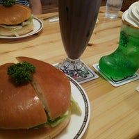 Photo taken at Komeda's Coffee by すえぞう on 7/21/2014
