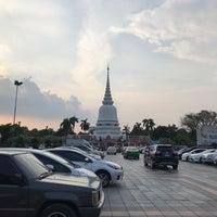 Photo taken at พระเจดีย์ศรีมหาธาตุ by Ronamedo N. on 3/21/2018