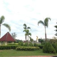 Photo taken at Somdet Phra Si Nakarin 95 Park by Ronamedo N. on 9/13/2013
