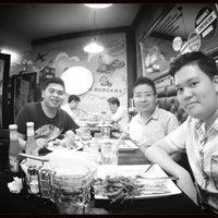 Photo taken at Kraze Burgers Marina Bay by Indra Daniel M. on 3/9/2014