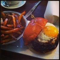 Das Foto wurde bei White Dog Cafe von Jasmine D. am 12/30/2012 aufgenommen