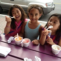 Photo taken at Beach Plum Homemade Ice Cream by Marvin S. on 8/31/2013