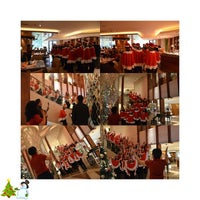 Photo taken at Azure at Mandarin Oriental, Jakarta by Leona A. on 12/25/2014