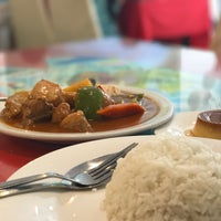 Photo taken at Laguna Mabuhay Restaurant by Marjorie S. on 10/8/2017