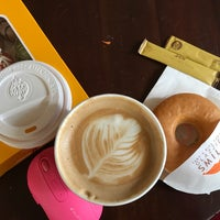 Photo taken at J.CO Donuts & Coffee by Marjorie S. on 12/27/2017