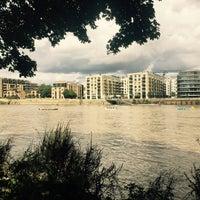 Das Foto wurde bei Thames Path von Sandy C. am 9/9/2017 aufgenommen