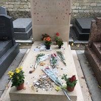 Das Foto wurde bei Tombe de Jean Paul Sartre & Simone de Beauvoir von oliver am 8/10/2017 aufgenommen