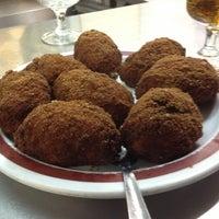 Photo taken at Melo's Café Bar by Azucena F. on 3/1/2013