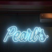 Foto tirada no(a) Pearl's por Greg L. em 3/25/2017