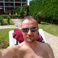 Photo taken at Uphill Court Swimming Pool by Gökhan K. on 9/3/2017