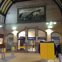 Photo taken at Station Haarlem by Boudewijn V. on 3/27/2013