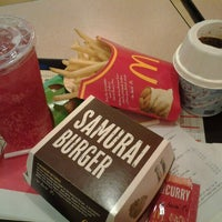 Photo taken at McDonald's by Ziera on 9/26/2012