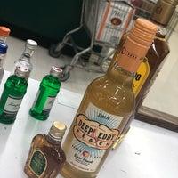 Foto tirada no(a) Goody Goody Liquor por Kaminsky E. em 4/20/2018