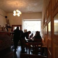 Das Foto wurde bei Restaurant Bastard von Annick F. am 11/3/2012 aufgenommen