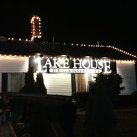Photo taken at Lake House Restaurant by Igor L. on 3/3/2013