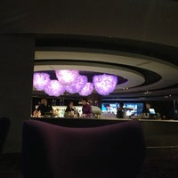 Photo taken at Hyatt Regency Montreal by Igor L. on 10/28/2012