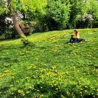 Das Foto wurde bei Stadtpark von Visne K. am 5/1/2013 aufgenommen