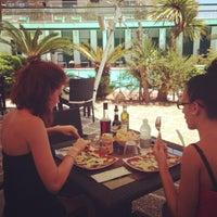 Foto scattata a Hotel Gabriella da Hotel G. il 6/13/2013