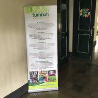 Photo taken at Tumbuh Primary School by Fauzan Erich E. on 12/5/2016