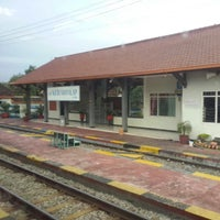 Photo taken at Stasiun Kedunggalar by Rudy Kho N. on 2/12/2015
