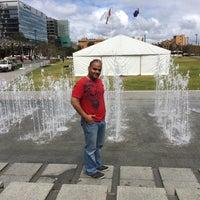 9/16/2014에 Ahmed A.님이 Victoria Square Fountain에서 찍은 사진