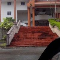 Photo taken at Arkib Negara Malaysia Cawangan Sabah by Kyna K. on 6/26/2013