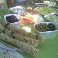 Photo taken at Değirmendere Asmalı Konak Restaurant by E.Ozan P. on 7/24/2014