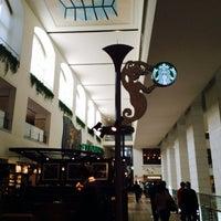 Photo taken at Starbucks by Leen I. on 3/8/2014