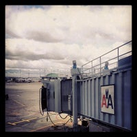 Photo taken at Gate H6 by Vincent J. on 4/25/2013