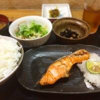 Photo taken at 親方 堂島アバンザ店 by EIJI B. on 10/5/2016